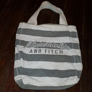 Abercrombie & Fitch - Vintage Striped Beach Bag